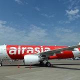 Vé máy bay giá rẻ Sài Gòn TPHCM đi Malaysia 950000 đ Air Asia