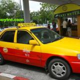Cách di chuyển từ sân bay Phuket đến khách sạn ở thị trấn Phuket